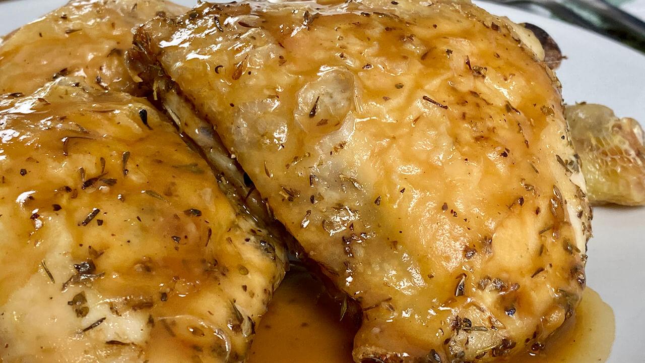 Pollo en salsa gravy